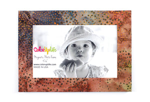 Neutral Dot Magnetic Photo Frame by ColorUpLife