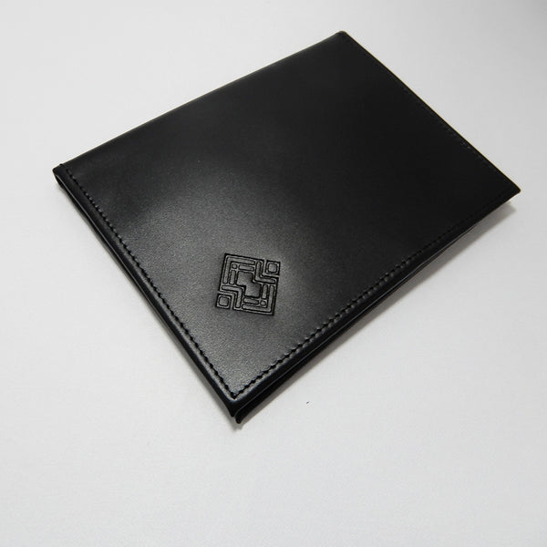 Passport Holder Wallet made of Leather. Handmade in black leather and colorful inside.