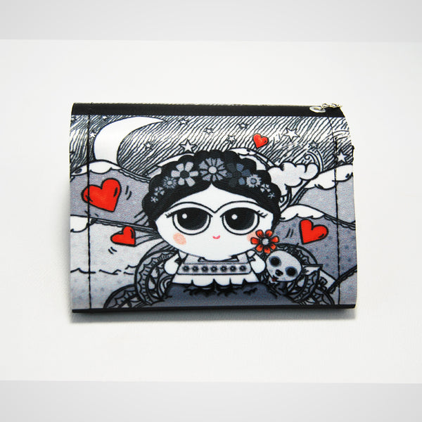 coin-purse was inspired in the one an only famous Mexican painter Frida Kahlo