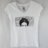 T-Shirt Frida Kahlo White for Women,Design depicting Frida's face wearing colorful flowers at the top of her head. Around the image writings of her.
