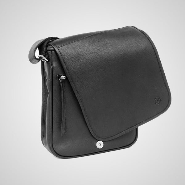 Messenger Bag made of leather. Handmade in Mexico