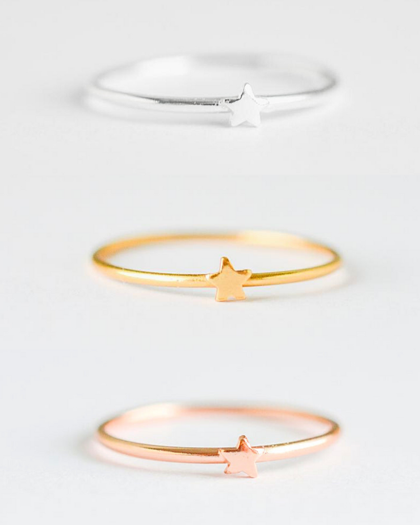 Tiny Star Ring