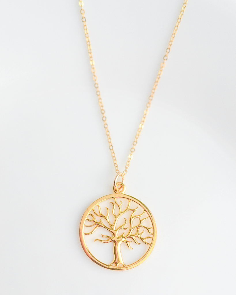 Aunt Family Tree Necklace