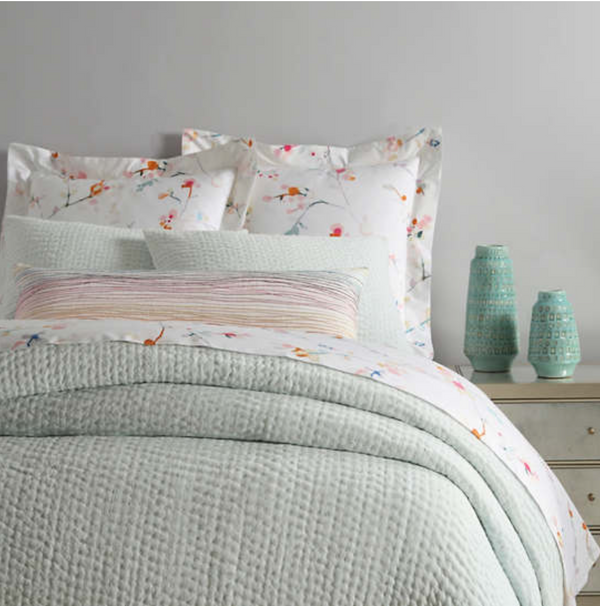 Pine Cone Hill - Seychelles Quilt - Queen Bed
