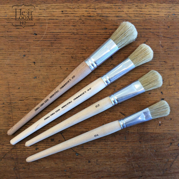 Small Flat Brushes