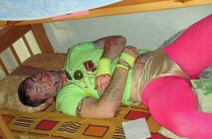 funny-drunk-prank-on-a-passed-out-mate