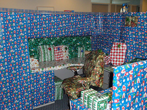 funny-easy-xmas-office-prank-wrapping-paper-lol