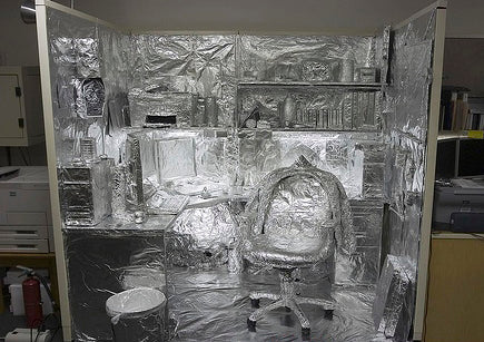 funny-good-april-fools-prank-picture-in-the-office-with-tin-foil