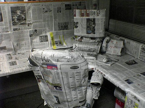funny-newspaper-chair-office-desk-computer-prank2