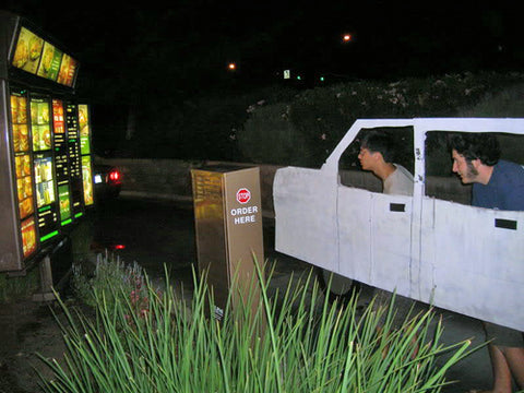 hilarious-drive-thru-fake-car-prank-college-guys-funny-cardboard-car