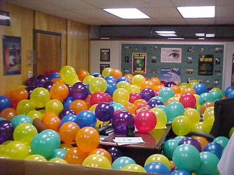office-co-worker-prank-balloons-prank-lol