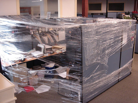 office-cubicle-saran-wrapped-crazy-cling-flim-hilarious-prank