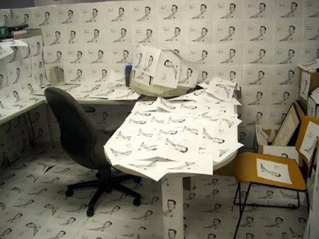 office-pranks-covered-in-weird-posters-prank