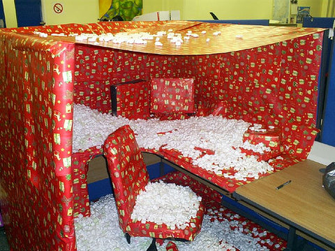 real-funny-prank-in-a-office