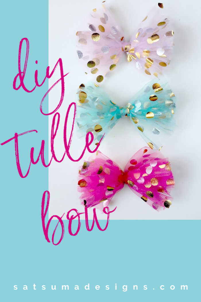 Try my DIY tulle bow tutorial for an easy accessory, gift topper, party favor and more. This easy to make craft is great for kids too! #tulle #tullebow #bows #diy #crafts #partyfavors #satsumadesigns #dancemom