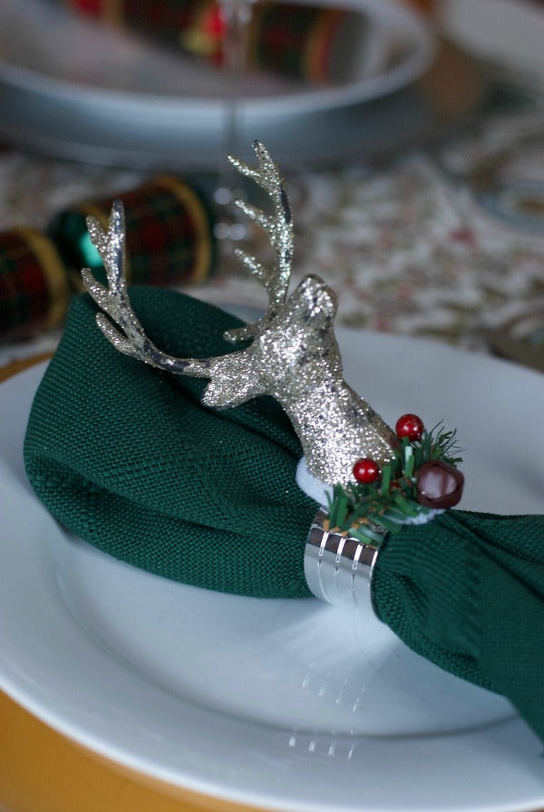 Click through to make my easy royal reindeer napkin rings for holiday decorating and entertaining | SatsumaDesigns.com #christmas #holidays