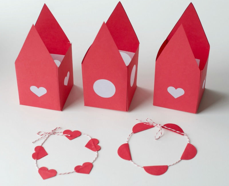 Tea light craft | Enchanted Valentine House | Valentines Day Craft | SatsumaDesigns.com #valentine