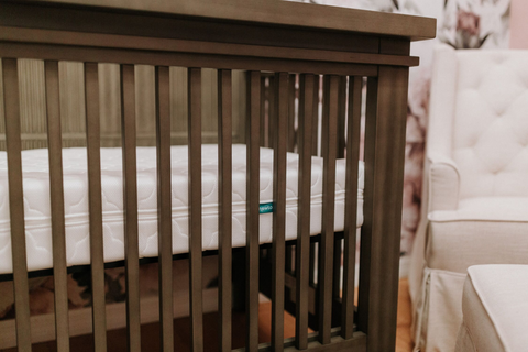 how to choose bassinet vs. crib