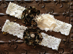 08e9769f0 Unique Wedding Garters
