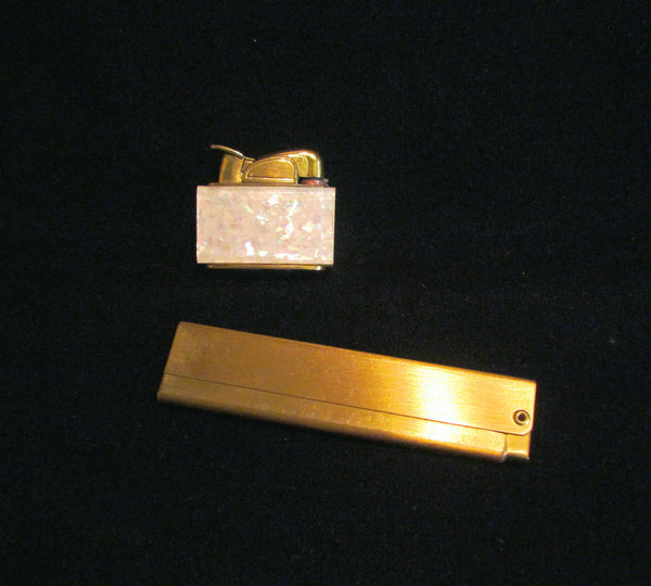 1950s Evans Lucite Confetti Lighter & Comb Set Ladies Accessories