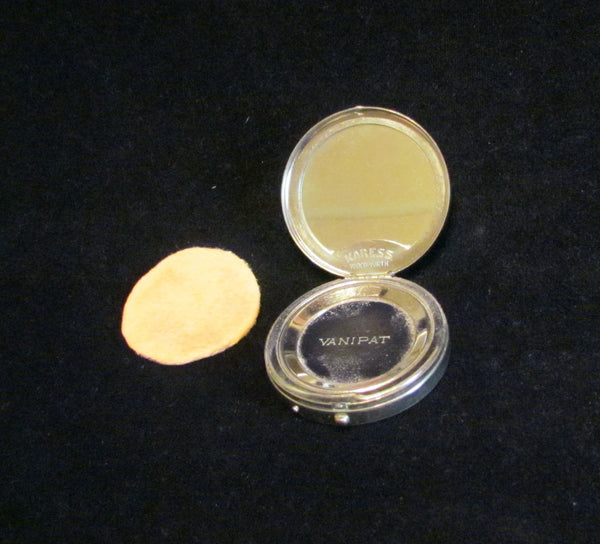 Silver Karess Woodworth Compact Vintage Guilloche Vanipat Powder Compact