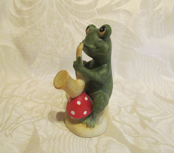 Vintage Lefton China Frog Hand Painted Frog Playing Saxophone