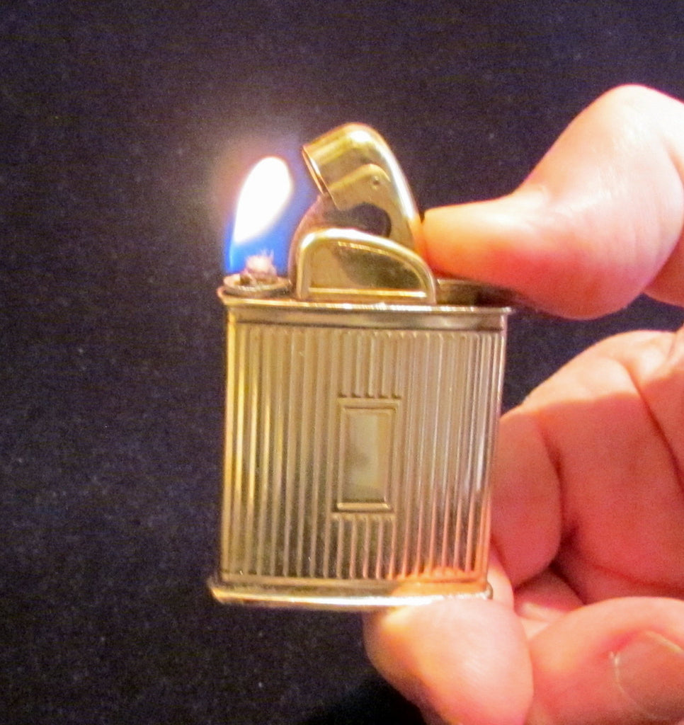 1940s Evans Baron Lighter Gold Art Deco Working Pocket Lighter