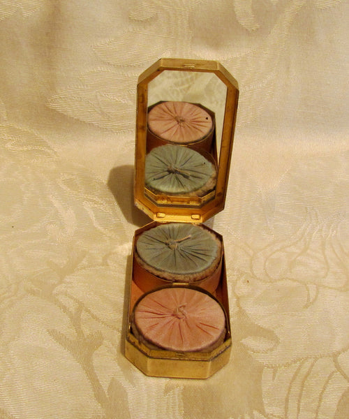 Three Flowers Compact 1915 Richard Hudnut Gold Powder Rouge Compact