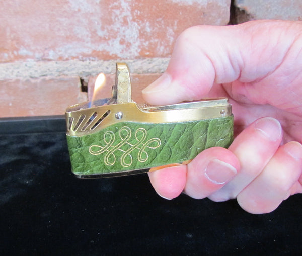 Mid Century Ladies Leather Cigarette Lighter Retro Pocket Windproof Working Lighter