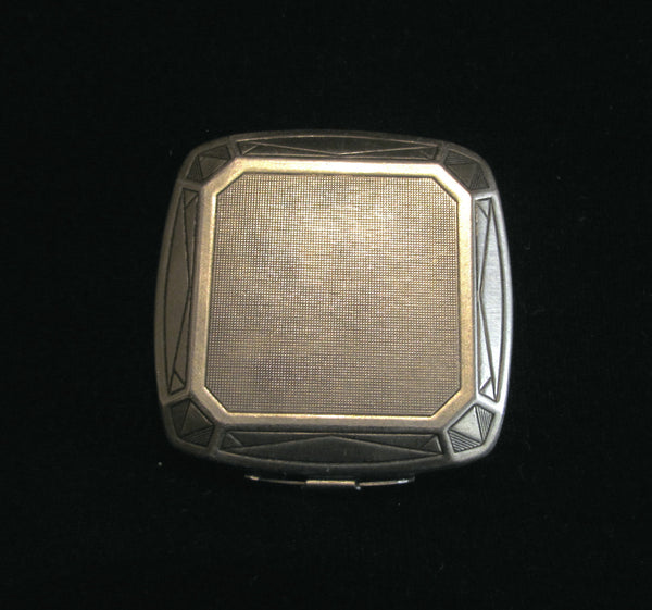 1929 Djer Kiss Compact Art Deco Silver Plated Powder Rouge And Mirror Compact