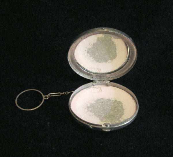 1920s German Silver Filigree Compact Powder And Mirror Finger Ring Compact Purse