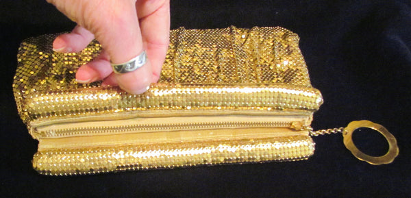 Whiting Davis Gold Mesh Clutch Purse 1940s Formal Evening Bag Unused Mint Condition