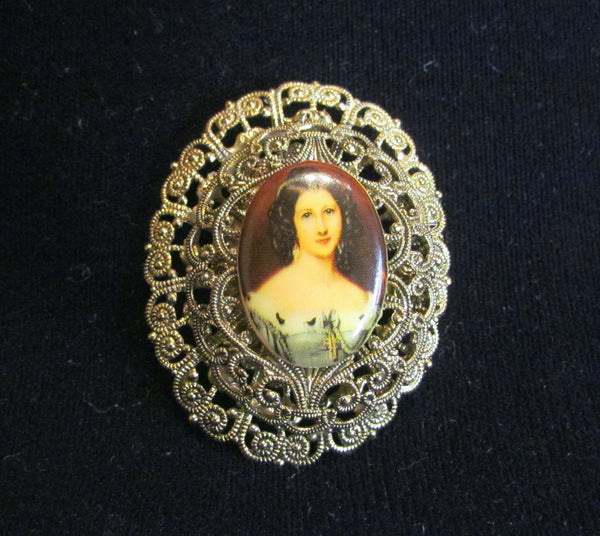 Victorian Cameo Gold Filigree Brooch Portrait Pin 1940's Western Germany