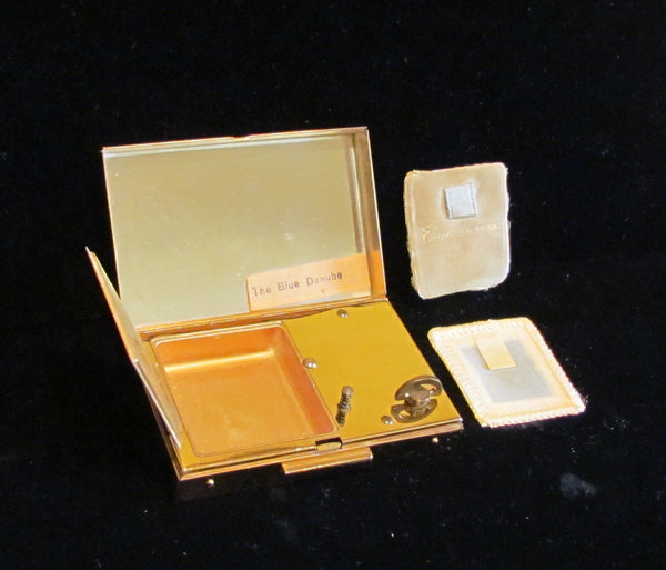 Vintage Musical Compact Elgin American Music Box Powder Mirror Compact