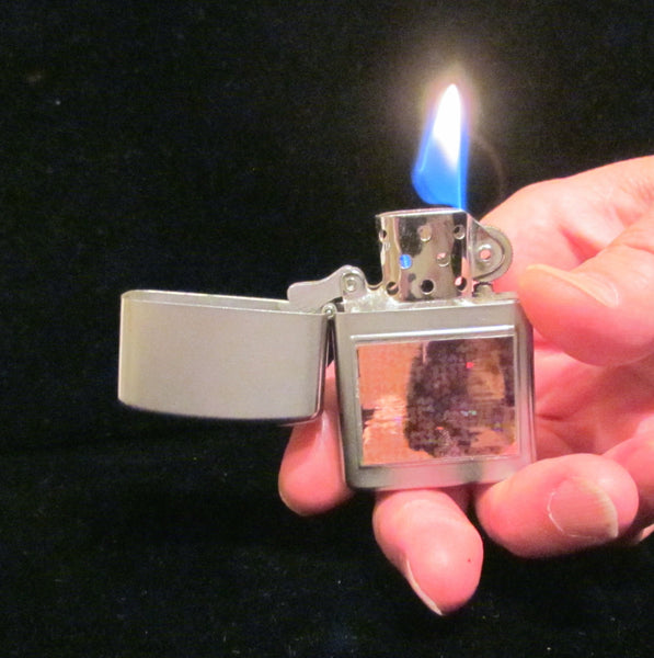 Vintage Holographic Windproof Pocket Lighter Wellington Cigarette Cigar Pipe Flip Top Lighter Working Boxed