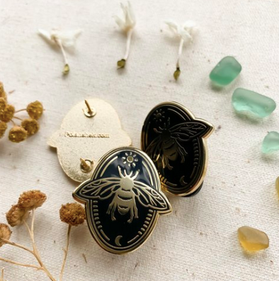 Bee - Enamel Pin