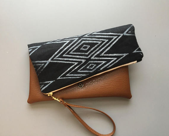 Casablanca Folded Clutch in Black