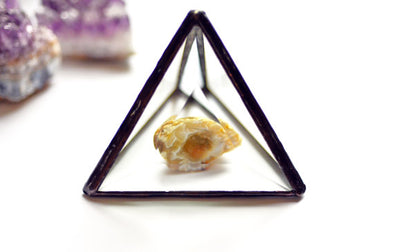 Beveled Glass Pyramid Air Plant Holder/