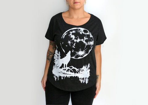 Charcoal Howling Wolf Dolman Short Sleeve T-shirt