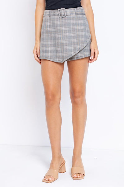 OUT OF THE OFFICE SKORT
