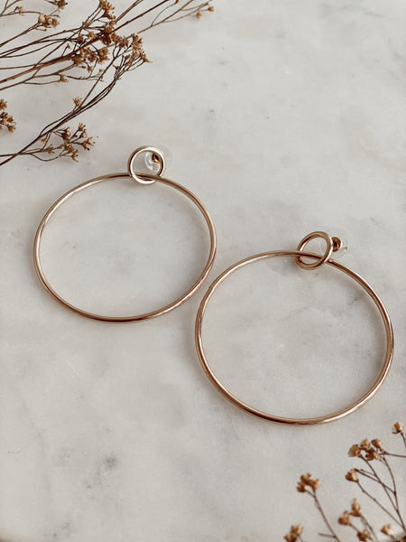 UPTOWN HOOP EARRINGS