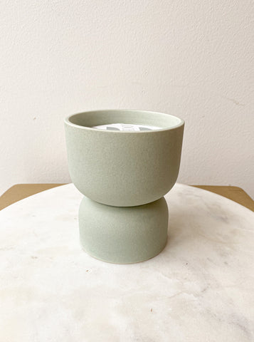 HOURGLASS TEXTURED CANDLE - MINT MATTE