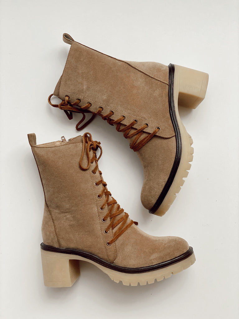 JAMIE LACE-UP BOOTS