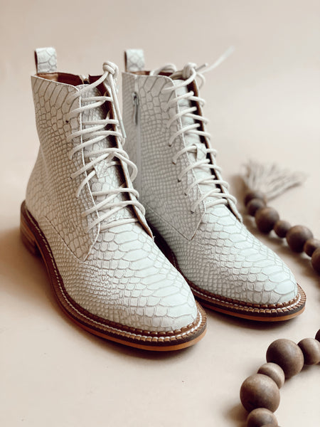 HIGHLAND CROC BOOTIES