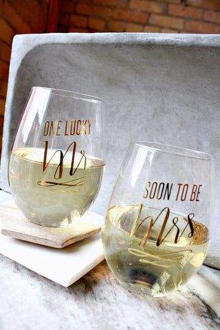 SOON TO BE WINE GLASS SET