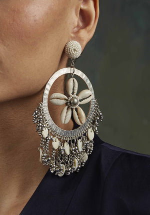 Silver fringe shell earrings - holiCHIC