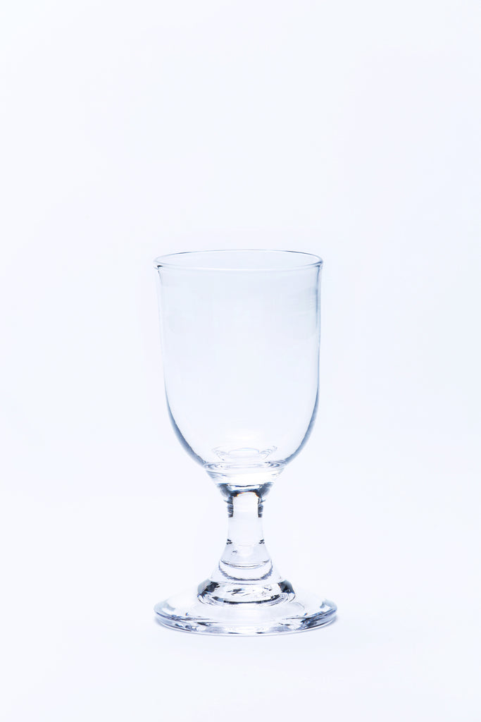 picture of a sherry glass