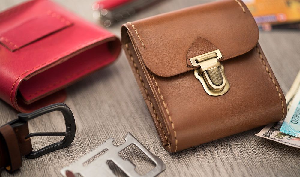 Mini Hip Wallet - BROWN - Two Horns