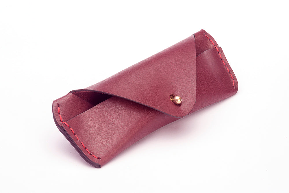 LEATHER SUNGLASS CASE - BURGUNDY - Two Horns