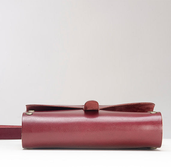 Leather & Wood Sling Bag - Two Horns